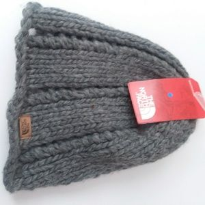 NWT North Face Beenie Hand Knit
